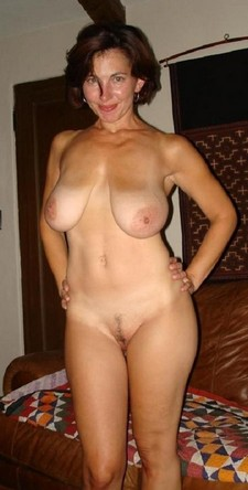 Beautiful mom in hot..